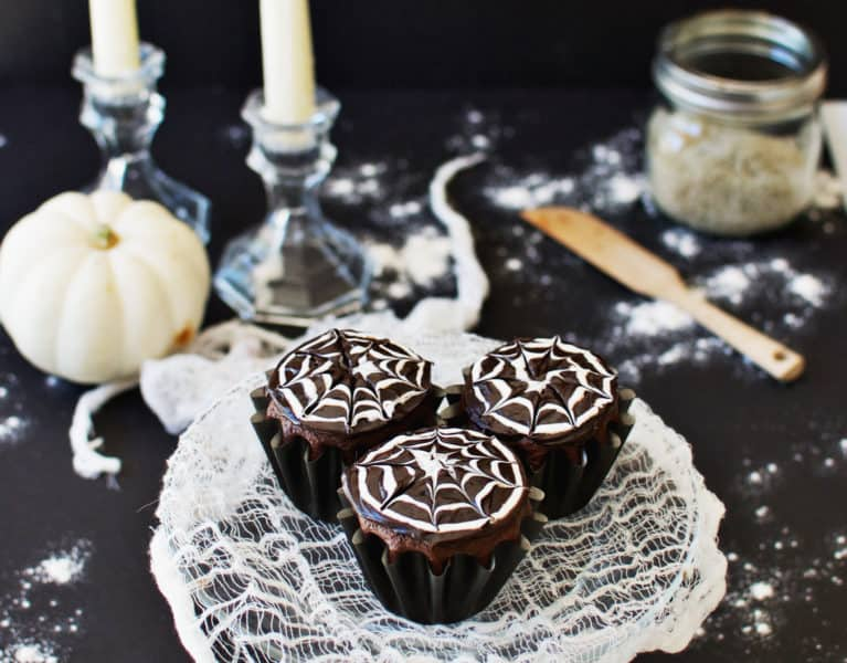 How to Make Spiderweb Cupcakes | The Butter Half