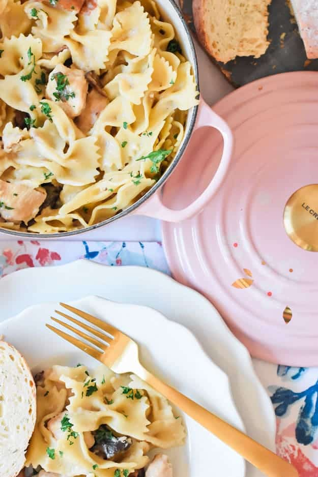 The Best Creamy One Pot Chicken Marsala Pasta - add this to your list of go-to quick dinner recipes. It takes under 30 minutes to make! Also, come enter to win this Le Creuset Sakura Dutch Oven giveaway!