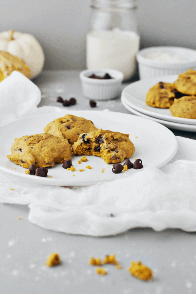 The Best Pumpkin Chocolate Chip Cookie Recipe | You have not had the best pumpkin chocolate chip cookie recipe until now. And there is even a way to make them gluten free! || The Butter Half #glutenfreecookies #pumpkincookies #pumpkinrecipes #cookierecipes #glutenfreerecipes #thebutterhalf