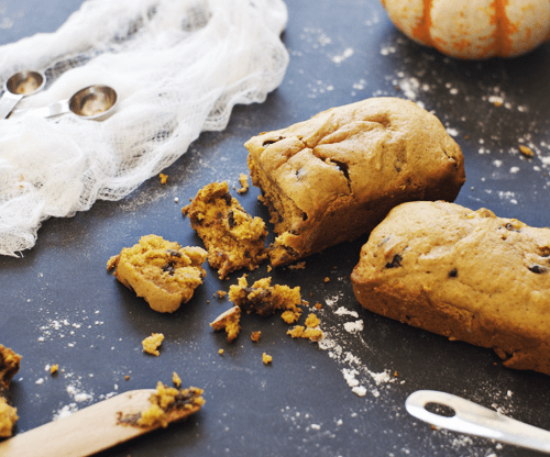 Pumpkin Chocolate Chip Harvest Bread | fall recipe ideas, pumpkin recipe ideas, pumpkin bread recipes, homemade pumpkin bread, fall inspired recipes, fall bread recipes || The Butter Half via @thebutterhalf
