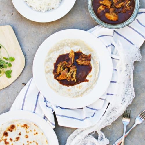 Classic Mexican Chicken Mole | how to make mexican chicken mole, homemade chicken mole recipe, authentic mexican recipes, mexican recipe ideas, homemade mexican recipes, chicken mole recipe || The Butter Half via @thebutterhalf