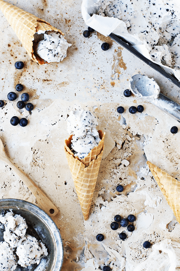 No-Churn Blueberry Mascarpone Ice Cream | no church ice cream recipes, easy ice cream recipes, homemade ice cream recipes, how to make no churn ice cream, blueberry ice cream recipes, easy dessert recipes, summer dessert recipes, summer treats, summer ice cream recipes #easyicecreamrecipes #nochurnicecream #blueberryicecream || The Butter Half via @thebutterhalf