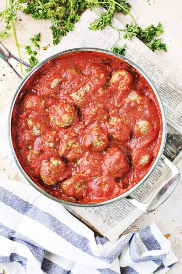 How to Make Classic Spaghetti and Meatballs   classic italian recipes, classic italian meatballs, classic spaghetti recipes, how to make spaghetti and meatballs, easy dinner recipes, family friendly dinner recipes, how to make homemade meatballs, meatball recipes    The Butter Half via @thebutterhalf
