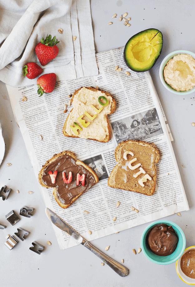 How to Make Fun Conversation Toast | fun breakfast ideas, fun toast recipes, kid friendly breakfast recipes, how to make toast, toast recipe ideas, breakfast ideas for kids, family friendly breakfast ideas || The Butter Half via @thebutterhalf
