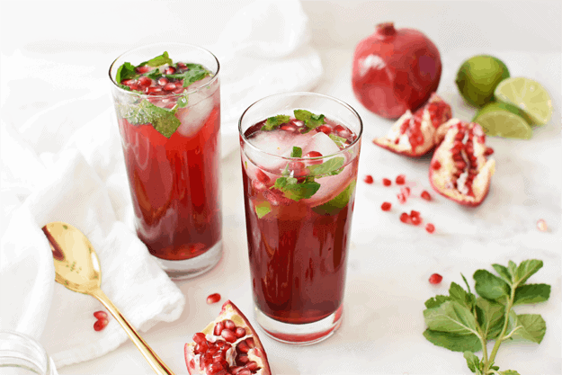 Holiday Pomegranate Mojito Mocktail | The Butter Half