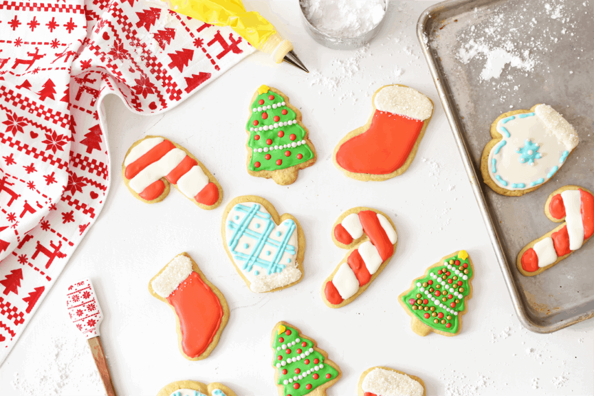 How to Make Holiday Sugar Cookies with Royal Icing | The Butter Half