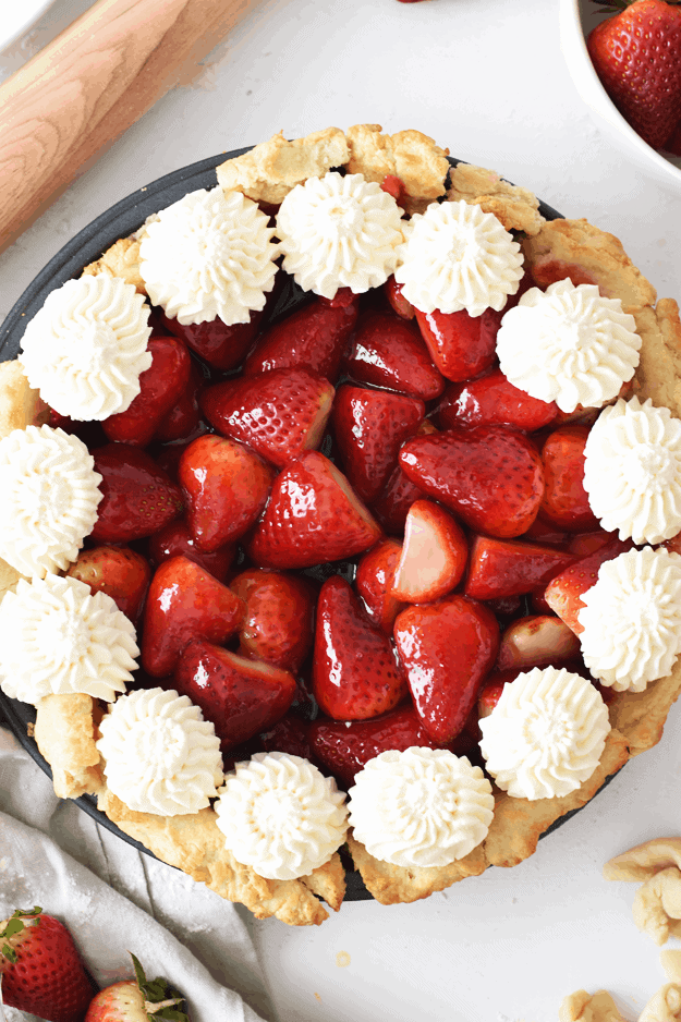 The Best Homemade Fresh Strawberry Pie | What started out as my most dramatic food experience to date, turned out to be my best pie ever made || The Butter Half #strawberries #pie #strawberrypie #summerrecipes #thebutterhalf