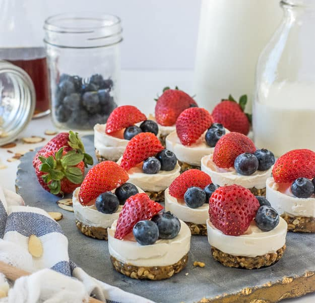 Simple 4-Ingredient No-Bake Mini Cheesecakes (Gluten-Free) | 4th of july desserts, gluten-free desserts, refined sugar free desserts, summer desserts, how to make cheesecake, how to make mini cheesecakes, gluten-free cheesecake, family recipes, summer recipes | The Butter Half