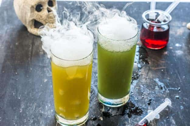 Halloween Zombie Punch Recipe | halloween recipes, halloween punch recipes, halloween drink recipes, family friendly halloween drinks, non-alcoholic halloween drinks, halloween party recipes, zombie recipe ideas, #halloweendrinks #zombierecipeideas #halloweenpunch #halloweenpartydrinks #familyfriendlydrink #thebutterhalf || The Butter Half