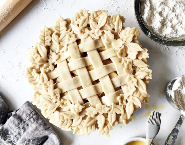 How to Make a Lattice Pie Crust Video + Decorative Leaf Pie Crust