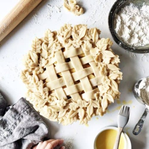 How to Make a Lattice Pie Crust Video + Decorative Leaf Pie Crust