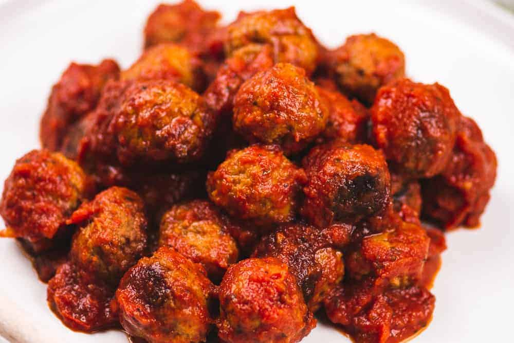 15 Minute Instant Pot Italian Meatballs | Want a quick and easy comfort food that doubles as an appetizer and dinner? Of course you do! Meet the Instant Pot Italian meatballs! || The Butter Half #instantpot #easydinner #easyappetizer #thebutterhalf