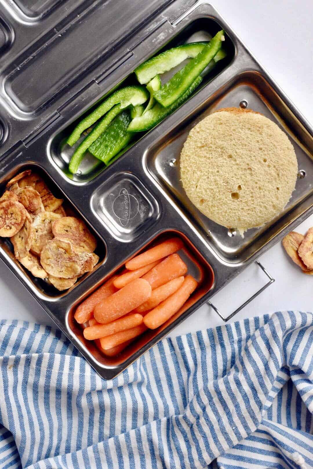 3 Healthy Kid Lunch Box Ideas | Healthy Kid Lunches, Healthy Lunch Box Ideas, Kids Lunch Ideas, Lunch Box Ideas, Quick Lunch Box Ideas, Easy Lunch Box Ideas #healthykidlunchideas #healthylunchboxideas #quicklunchboxideas || The Butter Half via @thebutterhalf