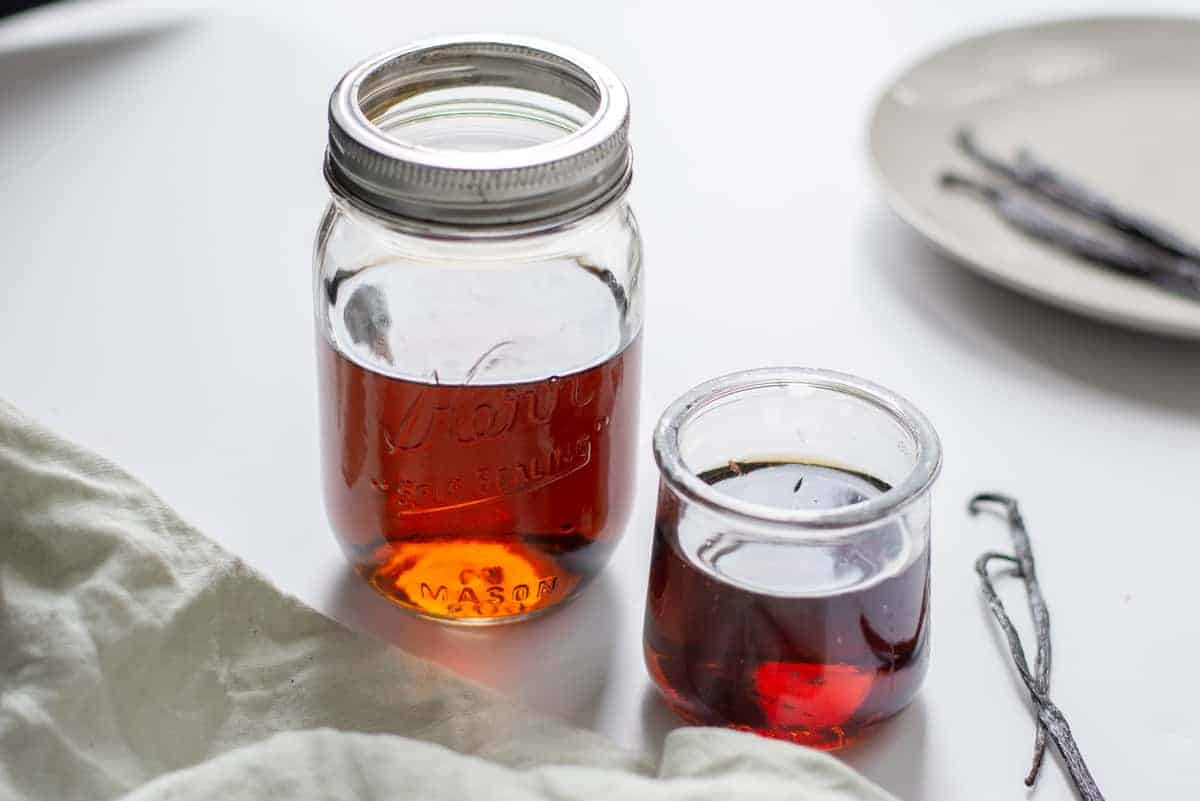Homemade Vanilla Extract in an Instant Pot